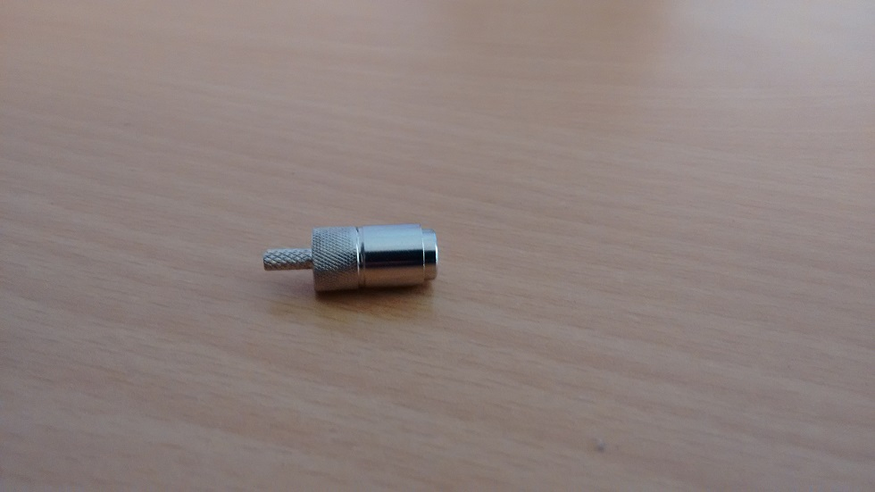 DIN 1.0/2.3 Male crimp push pull RF connectors